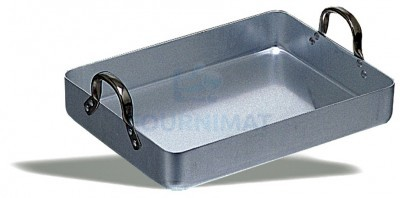 Stainless steel roasting dish with handles