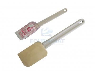 Maryse spatula plate scraper