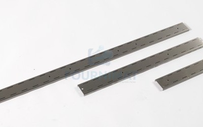 Adjustable stainless steel bracket for wall shelf
